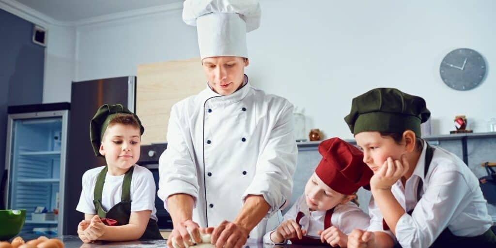 children cooking for a hobby