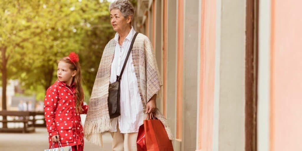 women in her 50s shopping