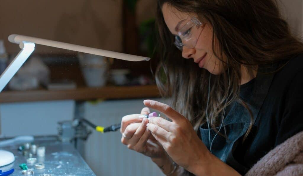 jewelry making buiness