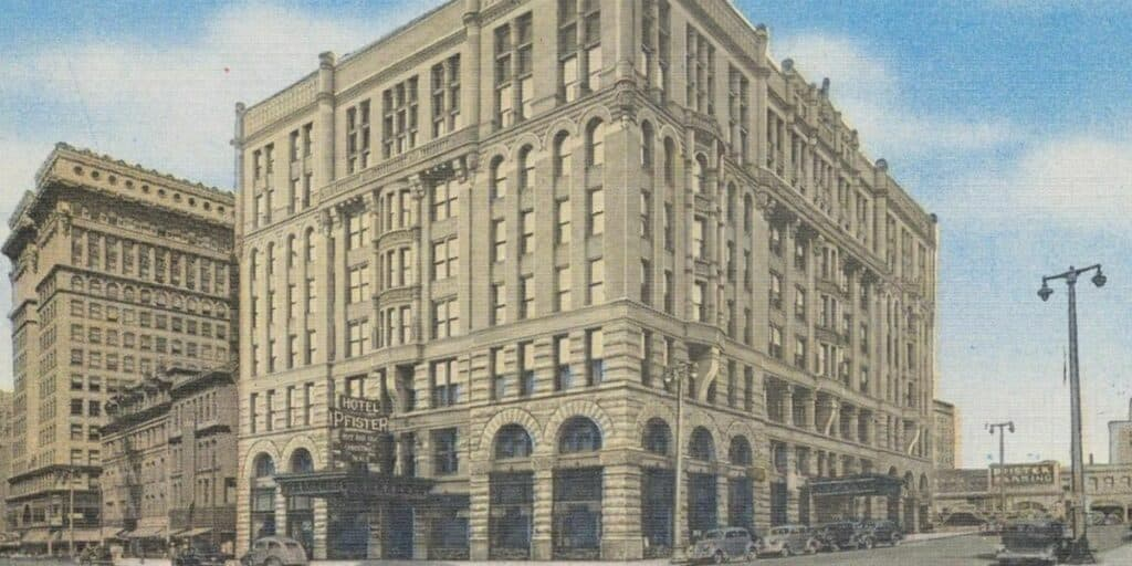 postcard of the Pfister Hotel