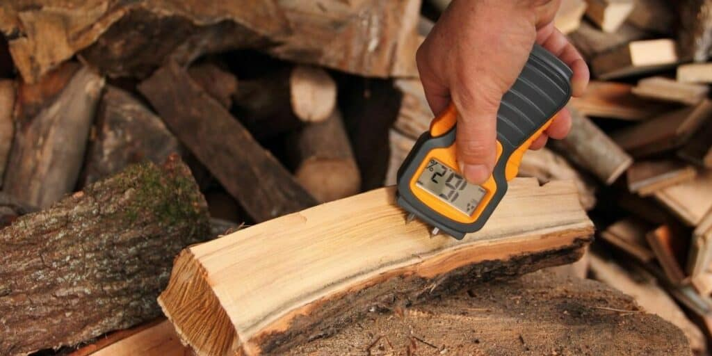 Does Soaking Wood Make It Easier to Carve?