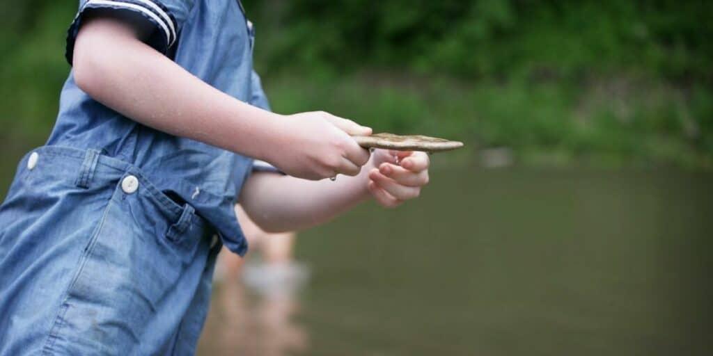 kids love to skip stones